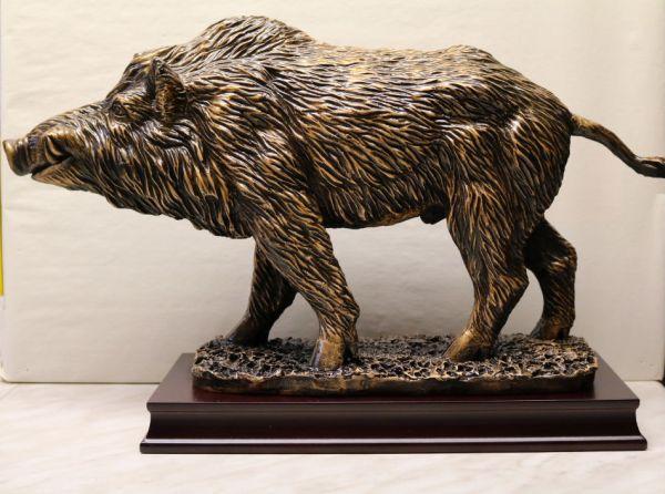 Große Wildschweinfigur ST 37701
